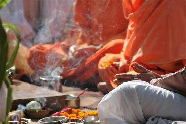 Ceremonias de los templos de la India